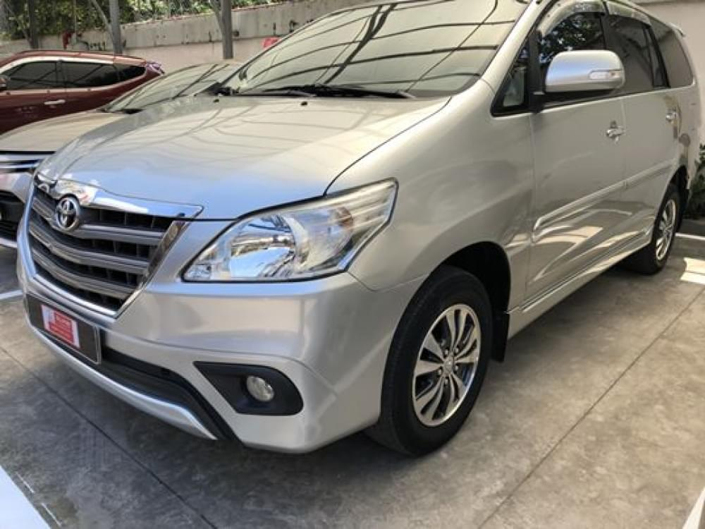 Toyota Innova 2.0G AT 2016